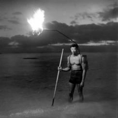Night fishing in Hawaii by Elliot Elisofon (1948)